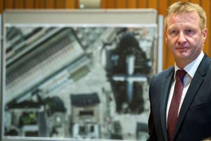 Ralf Jäger, ministre de l'intérieur de l'Etat régional de Rhénanie-du-Nord-Westphalie, s'exprime sur les violences du Nouvel An à Cologne, le 11 janvier 2016.