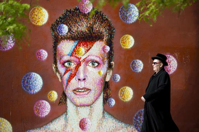 Un portrait 3D de David Bowie, à Londres.