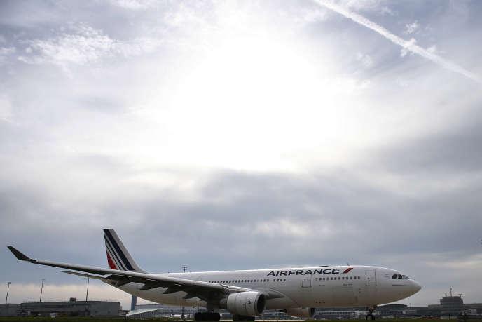 Un avion de la compagnie Air France à Orly près de Paris le 12 octobre 2015.