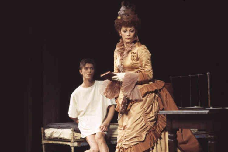 En 1980, il interprète le rôle d'Elephant Man à Broadway, aux côtés de Patricia Elliott.