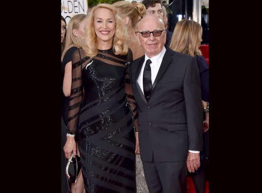 """Jerry Hall et Rupert Murdoch ont annoncé leur union dans le carnet mondain du """"Times, un titre de presse qui appartient au magnat de 84 ans"""