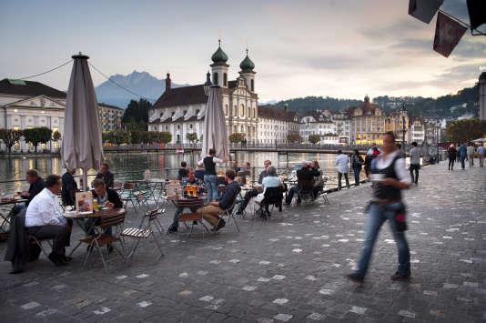 Lucerne est célèbre pour son festival de musique qui met à l'affiche des concerts de haut standing donnés par les plus grands orchestres et solistes du monde.