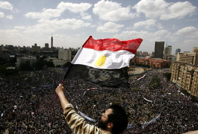 Place Tahrir au Caire, avril 2011. - TO GO WITH AFP STORY BY GUILLAUME KLEIN  / AFP / MISAM SALEH / TO GO WITH AFP STORY BY GUILLAUME KLEIN