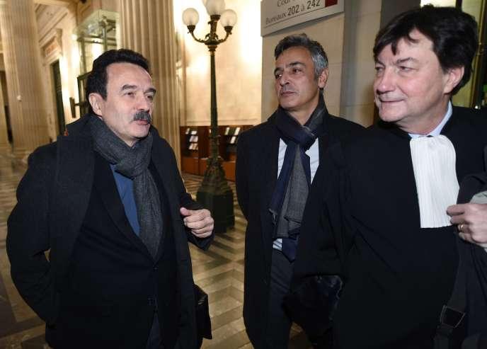 Edwy Plenel et Pascal Bonnefoy, au tribunal de Bordeaux, le 12 janvier.