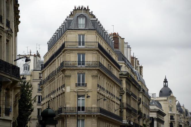 Des immeubles à Paris en juillet 2015.