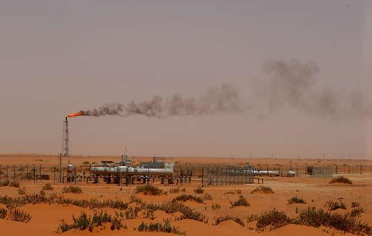 Une installation pétrolière dans la région de Khouris en Arabie Saoudite en juin 2008.