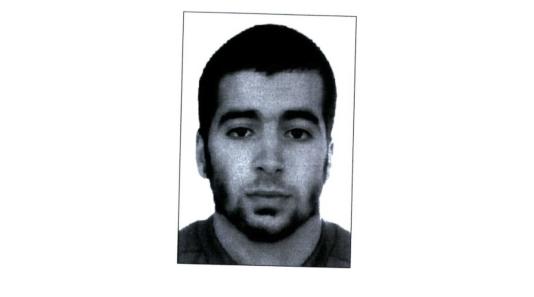 Portrait de Chakib Akrouh, né le 27 août 1990 en Belgique, de nationalité belgo-marocaine.