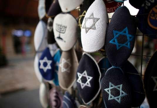 Stand de kippa à Jérusalem, le 15 janvier.