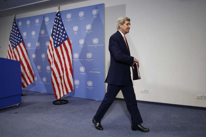 Le secrétaire d'Etat américain John Kerry s'est encore une fois dit convaincu que la menace d'une arme nucléaire était considérablement réduite par l'entrée en vigueur de cet accord.