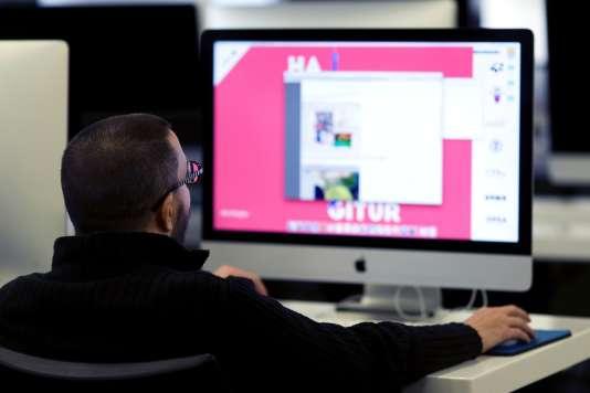 Le gouvernement espère former 10000 personnes aux métiers du numérique d'ici à 2017.
