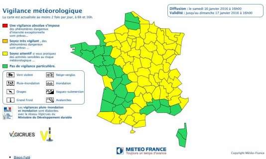 Météo France prévoit de la neige dans le nord-ouest dimanche 17 janvier.