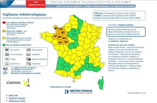 La carte de vigilance de Météo France, pour la nuit de dimanche 17 janvier à lundi 18 janvier 2016.