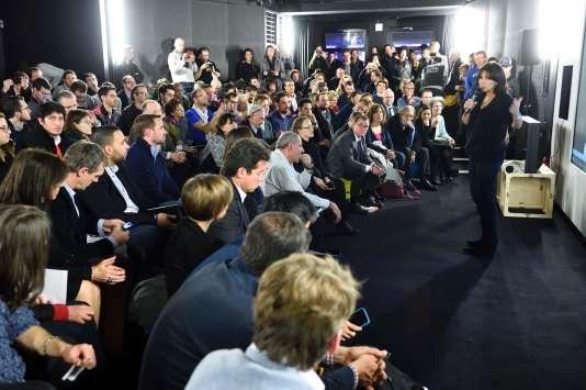La maire de Paris, Anne Hidalgo, conclut le hackathon Nec mergitur, le 17 janvier à Paris.