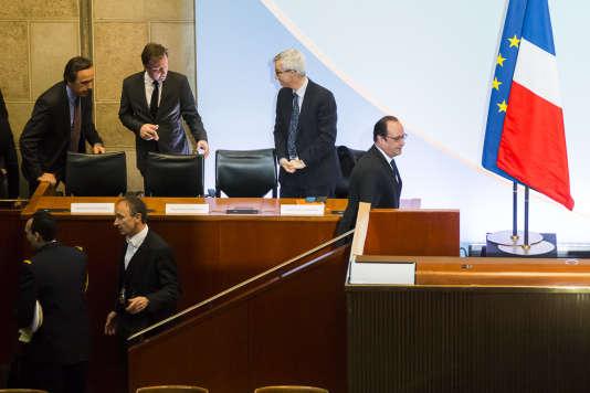 Pendant la cérémonie des voeux aux acteurs de l'entreprise et de l'emploi, au Conseil Economique Social et Environnemental à Paris, lundi 18 janvier 2016.