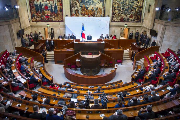 François Hollande présente ses vœux aux acteurs de l'entreprise et de l'emploi, le 18janvier 2016 au Conseil Economique Sociale et Environnemental.