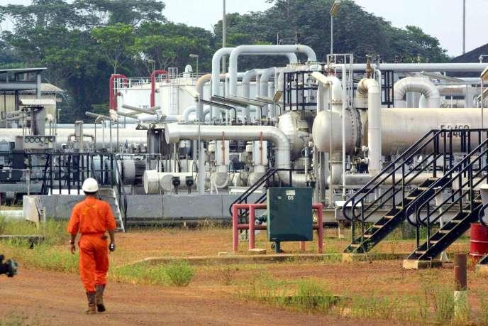 L'usine pétrolière Shell-Gabon de Rabi dans le nord du pays.