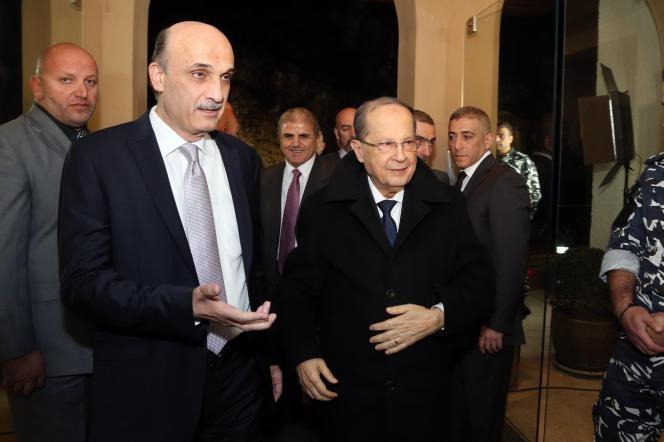 Samir Geagea (à gauche) et Michel Aoun, à Meerab, le 18 janvier.