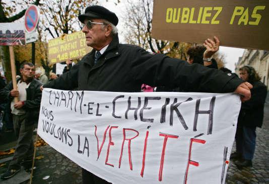 Douze ans après le crash de Charm el-Cheikh en Egypte, qui avait fait 148 morts dont 134 français, le parquet de Bobigny a déclaré lundi 18 janvier avoir requis un non lieu.