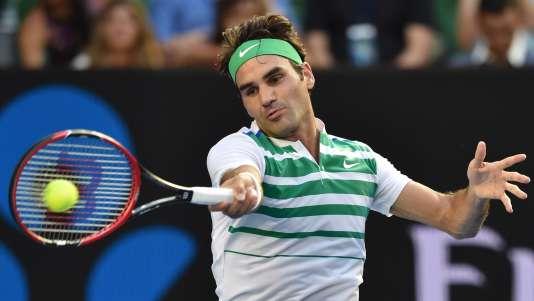 Roger Federer a d'entrée de jeu battu le Géorgien Nikoloz Basilashvili, le 18janvier à Melbourne.