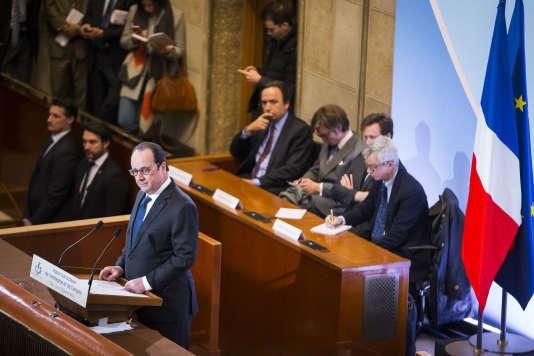 François Hollande, président de la République, lors de la présentation de ses voeux aux acteurs de l'entreprise et de l'emploi au Conseil économique, social et environnemental, à Paris, lundi 18 janvier.