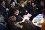 La ministre de l'éducation, Najat Vallaud-Belkacem, inaugure le salon Admission postbac, à Paris, le 8janvier.