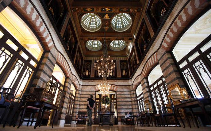 Le lobby du Pera Palace, à Istanbul, de nos jours.