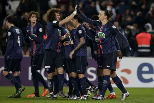 Zlatan Ibrahimovic (à droite) et David Luiz (à gauche), lors de la rencontre entre le Paris Saint-Germain (PSG) et Toulouse (TFC) le 19 janvier au Parc des Princes.