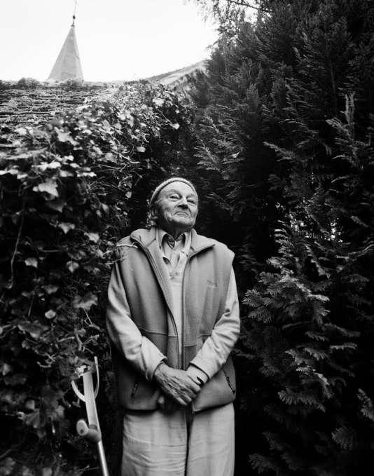 L'écrivain Michel Tournier à son domicile de Choisel (Yvelines), en 2009.