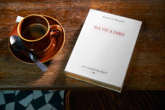 """""""Ma vie à Paris"""", le guide de voyage réalisé par Astier de Villate, la maison de céramique et d'objets de décoration."""