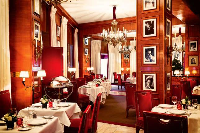 Une salle du Fouquet's.