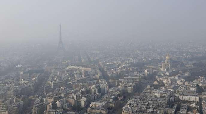 Vue de Paris, le 18 mars 2015.