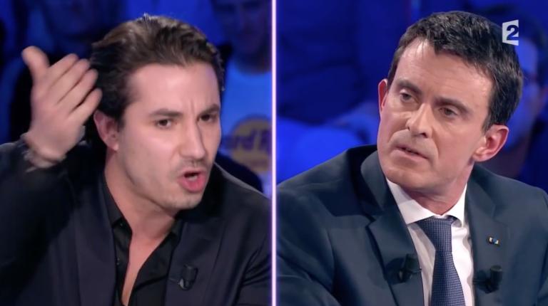 """Jérémy Ferrari et le premier ministre français, Manuel Valls, dans l'émission """" On est pas couché"""" sur France 2, le 16 novembre 2016."""