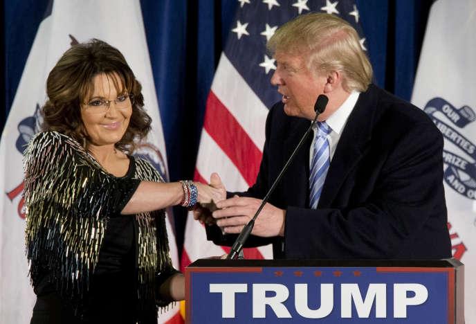 Sarah Palin a apporté son soutien, mardi 19 janvier, à Donald Trump lors d'un meeting du milliardaire à Ames, dans l'Iowa.