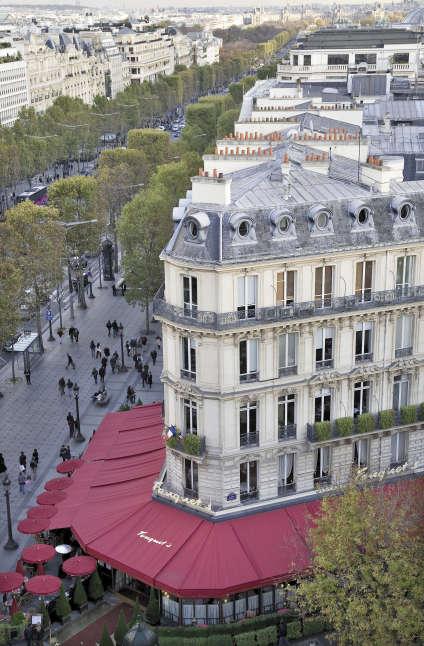 Le Fouquet's vu d'en haut.