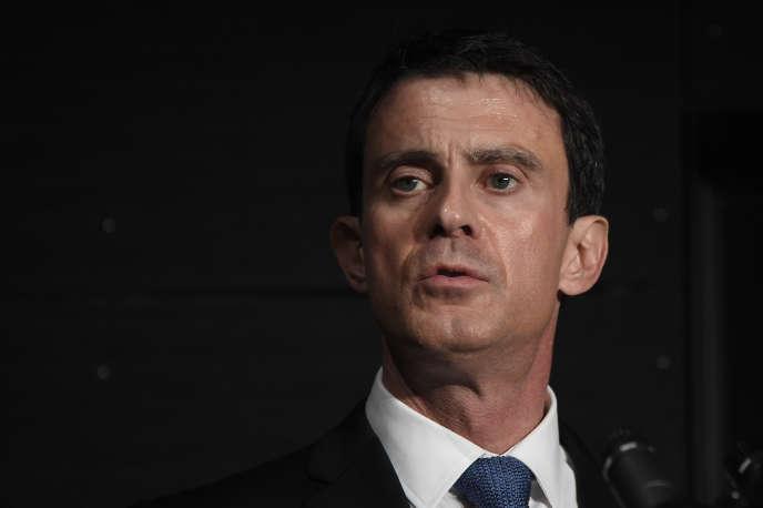 Manuel Valls, le 8 janvier 2016, à Evry.