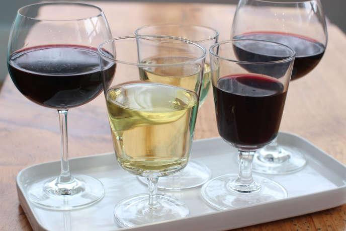 « Selon une étude, un verre de vin rouge serait équivalent à une heure de sport intensif. » Mais, comme le savent nombre d'internautes, il faut toujours se méfier des articles qui commencent par « selon une étude ».