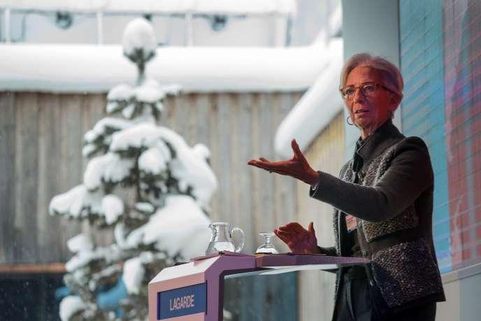 La directrice générale du Fonds monétaire international, Christine Lagarde, devant le Forum économique mondial, à Davos, le 20 janvier.