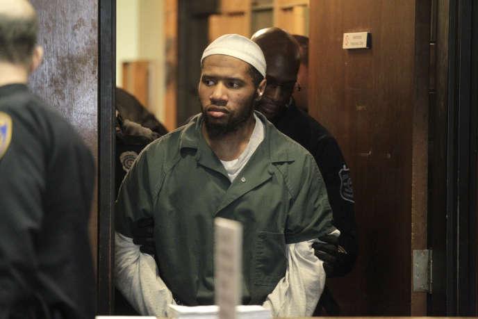 Ali Muhammad Brown, 31 ans de Seattle accusé d'avoir assassiné quatre personne pour protester contre la politique extérieure américaine en 2014 en s'inspirant de l'Organisation Etat islamique. (Patti Sapone/NJ Advance Media via AP, Pool)