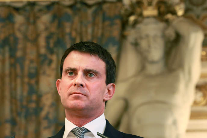 Manuel Valls en octobre 2013, à l'époque ministre de l'intérieur, à la première cérémonie de remise des diplômes de