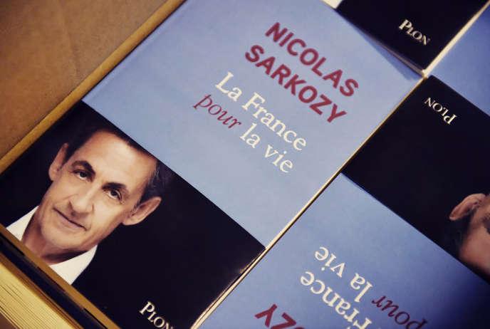 Le livre de l'ancien président de la République, «La France pour la vie», paraît le 25janvier aux éditions Plon.