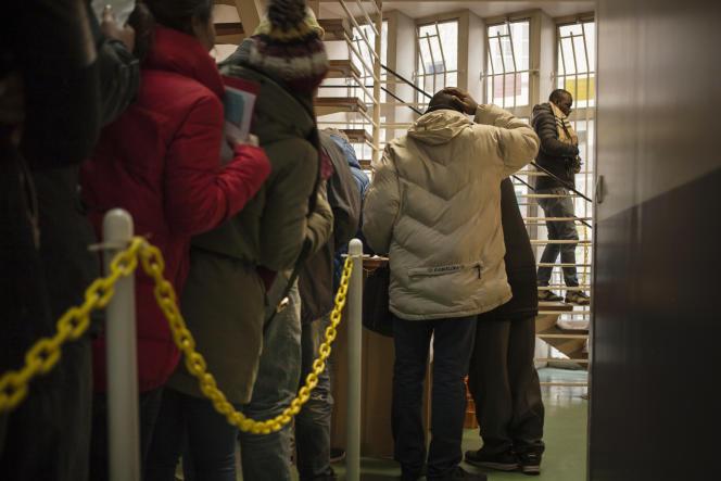 Dans le local de France terre d'asile, dans le 18e arrondissement de Paris, le 1 janvier.