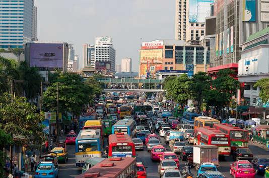 Embouteillages courants à Bangkok.