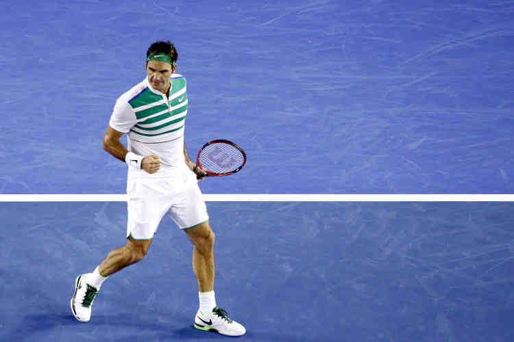 Le Suisse Roger Federer s'est qualifiée pour les huitièmes de finale en battant le Bulgare Grigor Dimitrov en quatre sets 6-4, 3-6, 6-1, 6-4. C'est la 300e victoire du Suisse dans un tournoi du Grand Chelem.