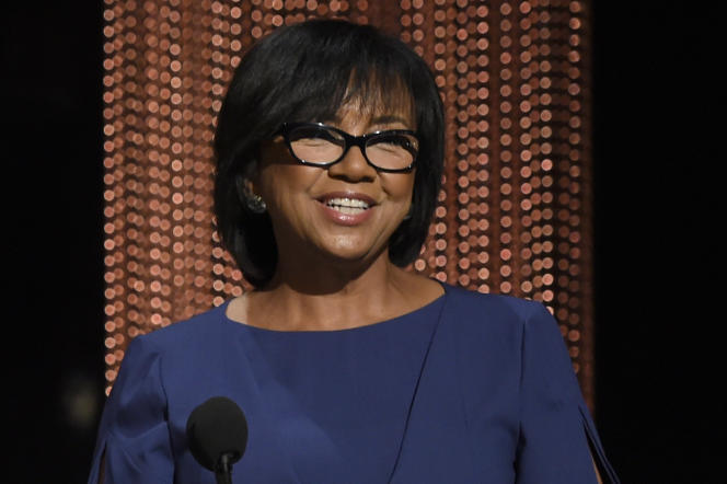 La présidente de l'Académie, Cheryl Boone Isaacs, annonce les nommés de la 88e édition des Oscars à Beverly Hills, en Californie, le 14 janvier 2016.