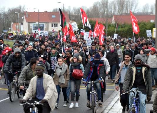 Une manifestation, le 23 janvier 2016 à Calais, s'est terminée par une intrusion dans le port et l'occupation d'un ferry partant en direction de l'Angleterre.