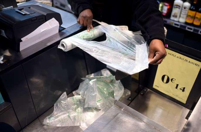 L'interdiction des sacs plastique à usage unique entrera en vigueur le 1er juillet.
