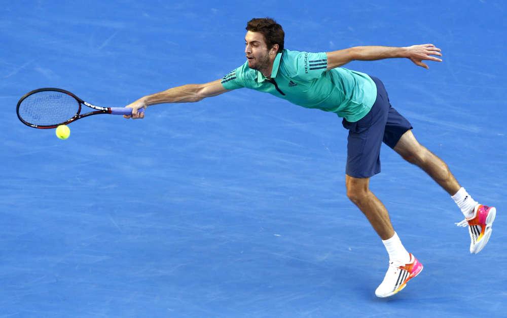Gilles Simon a été battu en cinq sets par le Serbe Novak Djokovic, 6-3, 6-7 (1/7), 6-4, 4-6, 6-3, en huitièmes de finale.