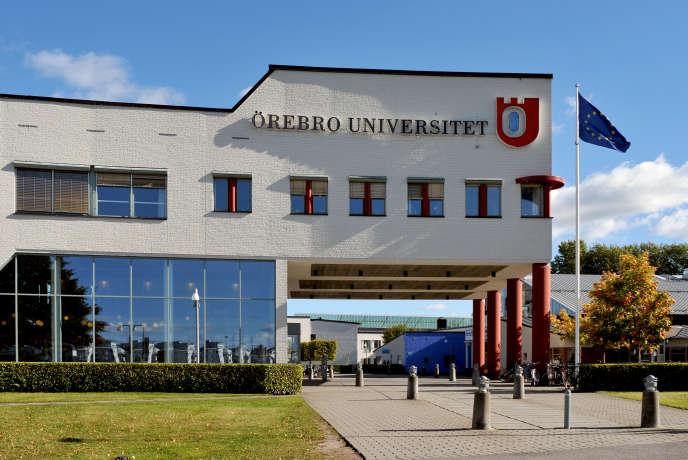 L'entrée de l'université d'Orebro, dans le centre de la Suède.