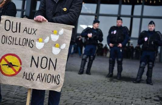 A Nantes, le 25 janvier 2016, des manifestants contre le projet d'aéroport de Notre-Dame-des-Landes.