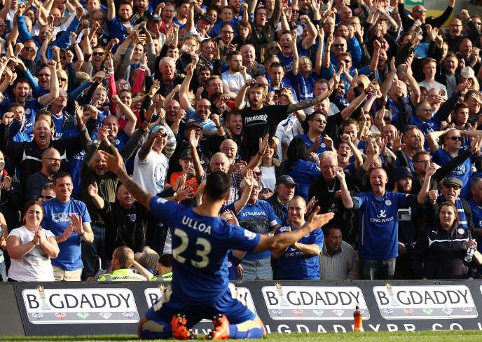 Leonardo Ulloa, à Leicester, après son but face à Norwich, le 3 octobre 2015.